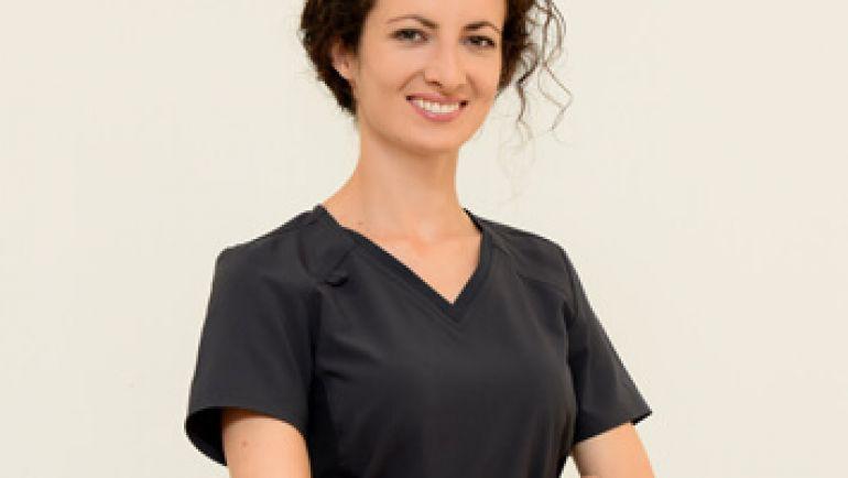 Д-р Айше Вехова